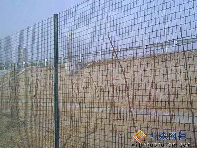 校区锌钢护栏产品结构特性