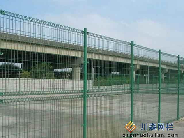 网球场护栏网如何提高护栏使用寿命
