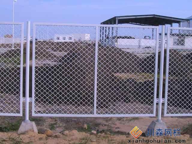 乡村公路锌钢护栏发展怎样