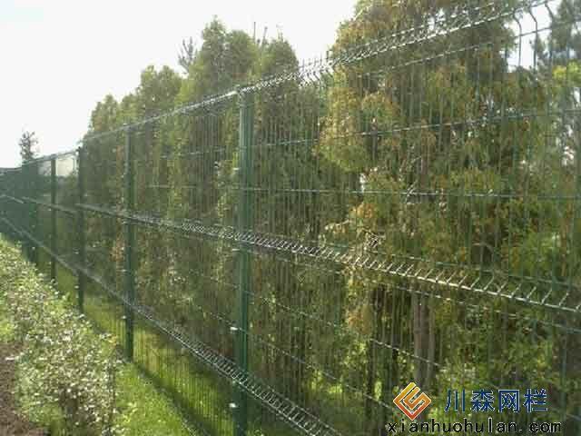 双边丝锌钢护栏多少钱一平方