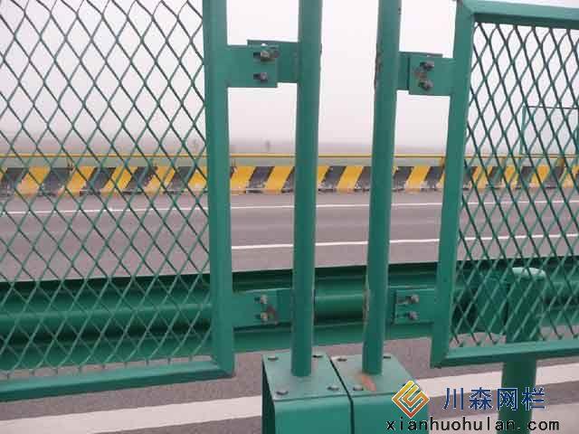 金属锌钢护栏安装方式及工期介绍