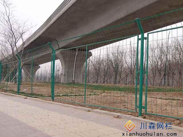 金属锌钢护栏安装步骤