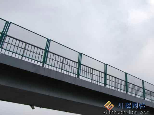 桥上锌钢护栏反光油漆主要特性是什么?