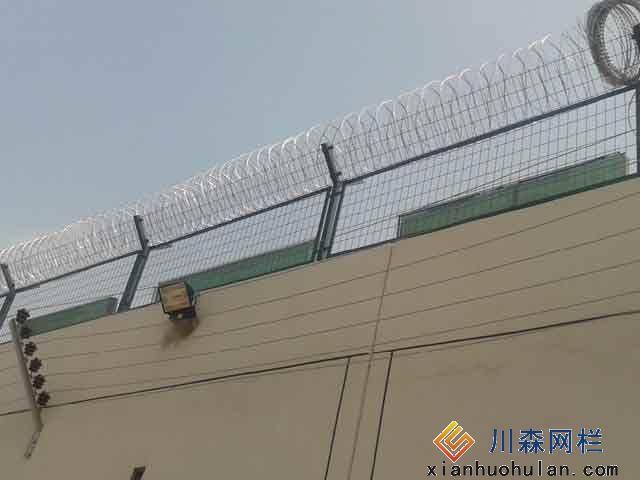 市场锌钢护栏国家标准