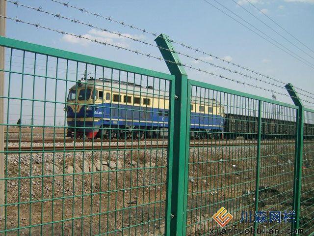 铁路护栏网安装时注意事项